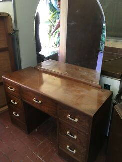Dressing table with mirror attached