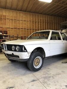 PARTING OUT 1977 BMW e21