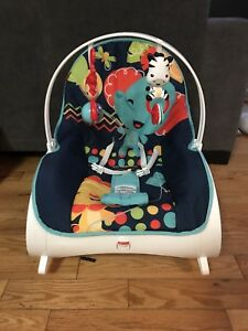Fisher-Price rocking/vibrating infant/toddler chair