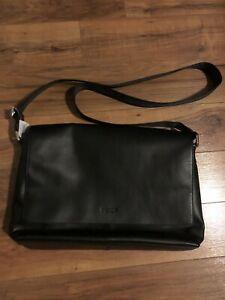 NWT Coach men's black leather Charles messenger bag