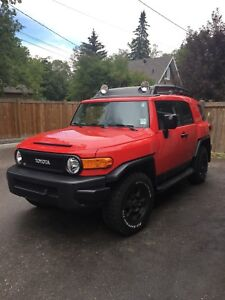 Wanted : Fj cruiser 2012 or newer, less than 100,000 km