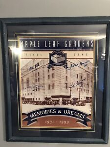 Toronto Maple Leafs Autographed Framed Piece.