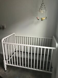 Jenny Lind white crib for sale