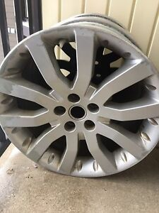 20x9.5 OEM from a RANGE ROVER Supercharged
