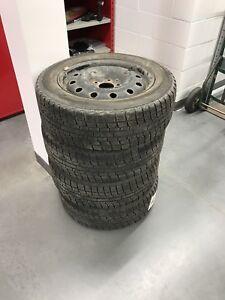 4 pneu yokohama iceguard hivert 205/60r16