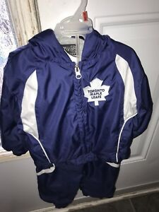 Toronto maple leafs outfit