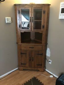 Solid wood corner cabinet