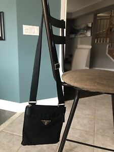 PRADA Crossbody Purse (Not Authentic)