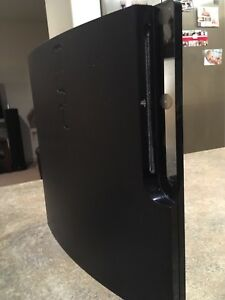 PlayStation 3 Slim 160 Gig with 1 controller and Power cord