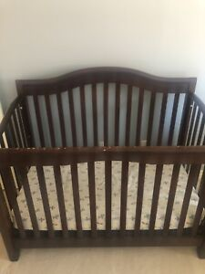 Convertible crib for sale film Baby's r Us