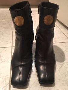 Versace Versus Womens Ankle Boots Black Suede Leather