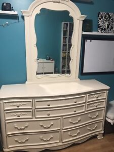 Off-white princess bed with matching dresser