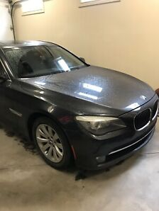 Bmw 750i 2011 for sale excellent drive!