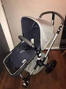 Bugaboo Cameleon 3 limited edition plus maxi cosi capsu Manly Manly Area Preview