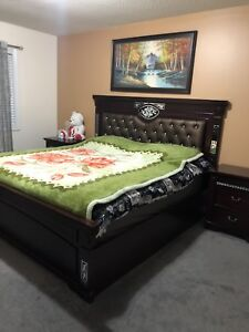 King Size Bed Set For SALE Like Brand New Condition