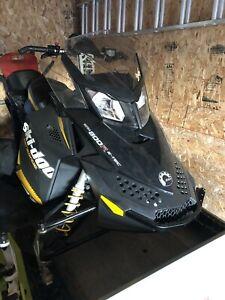 Renegade Backcountry 800 e-tec 2012