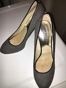 Used Michael Kors high heels 8 1/2