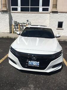 Honda Accord 2018 sports 1.5 white, black alloys.