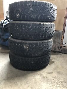 4 tires on Steel Rims. 195 65 R15 Goodyear Tires