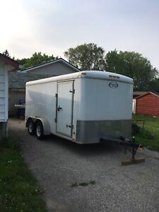 Inclosed cargo trailer