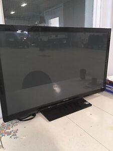 42inch  Panasonic 1080 like new TV