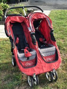 Poussette double baby jogger