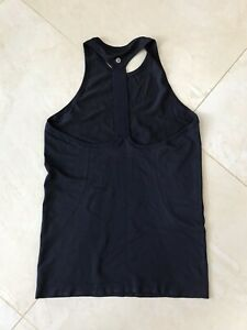 Lululemon size 4 & 6 Priced to sell!