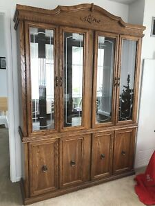 Beautiful Hutch & Dining Set