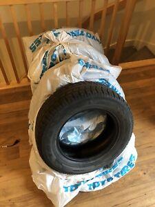 4 Winter tires / pneus d'hiver 225/65R16