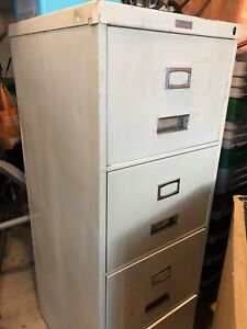 Commodore 4 drawer filing cabinet