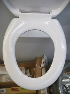 New White Bathroom Soft Close Lid Toilet Suite Seat Chrome Hinge Richmond Yarra Area Preview