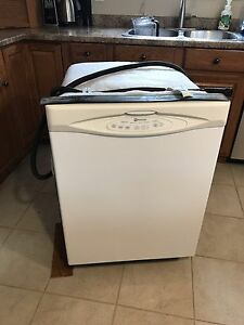 Maytag dishwasher working 300 OBO