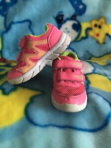 Size 7 pink Velcro Runners