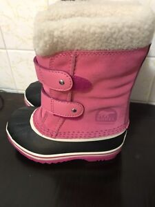 Sorel toddler boots sz.11