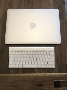 MacBook Pro (Retina, 15-inch, Early 2013) and Bluetooth Keyboard
