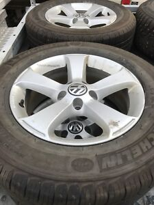 VW Tiguan summer and winter tires on wheels