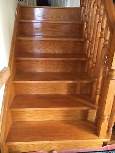 Oak wood stairs with railing in very good condition