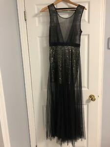 Beautiful Black and Gold Gown