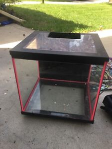 10 gallon fish tank and all the accessories