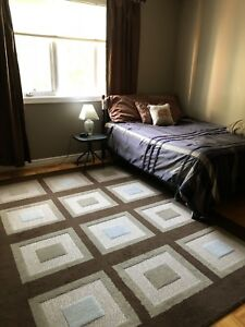 Attention Students - International/Room for Rent
