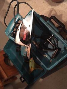Rabot électrique Makita