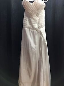 Wedding dresses for $100 each. Blow out sale.