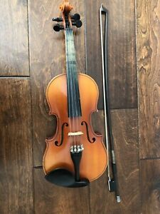 1/4 Size Violin - with Bow, Case and Chin Rest