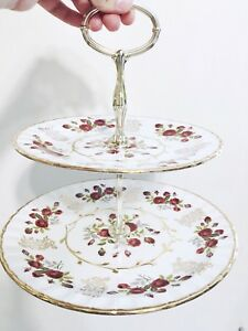 Vintage tea cup and saucer rental