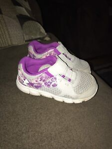 Toddler girls Under Armour sneakers