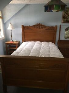 UNIQUE 1800s THREE PIECE BEDROOM SET