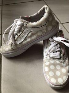 90f3df382a Girls VANS shoes - size US1