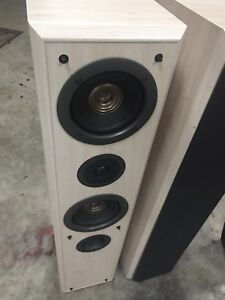 Technics tower speakers