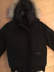 Pre-Owned Canada Goose Jacket for Women size M