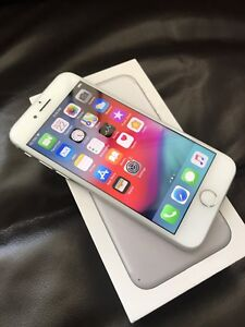 iPhone 7 32GB Unlocked *Flawless condition*